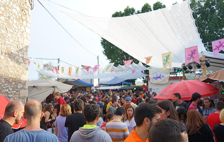 Mercado Artesanal - 21 Poborina Folk